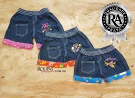 Short Jeans Infantil Com Barra Estampada  4 a 8 anos